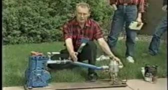 Muž vynašiel motor na vodu a bol zato uväznený!