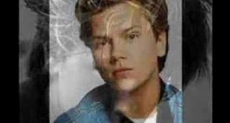 Známe celebrity, ktoré zomreli veľmi mladé