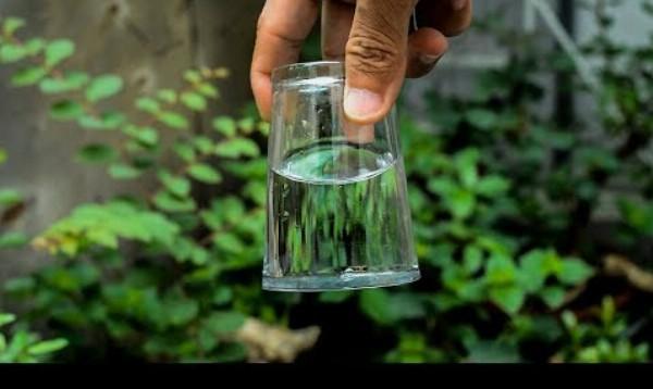 10 inšpiratívnych trikov s vodou