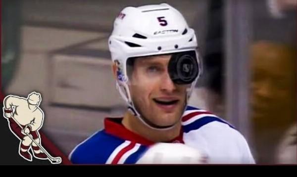 Zvláštne momenty s pukom v NHL